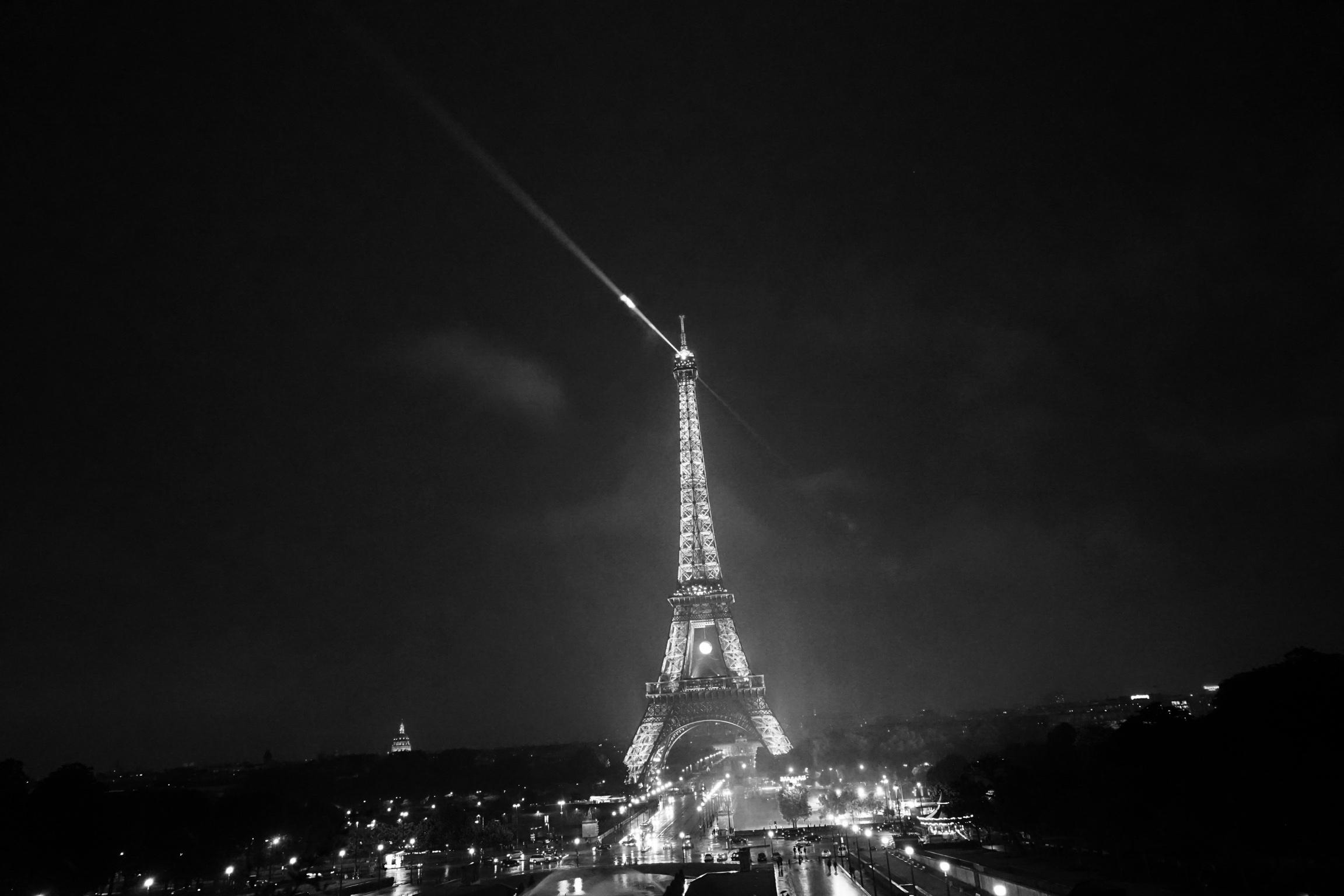 Omnichanel Eiffel Tower Ascher